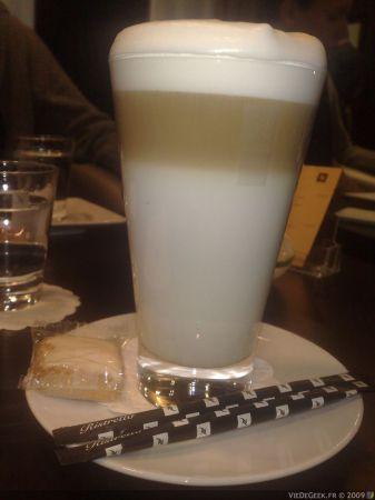Nespresso_champs_elysees-7.jpg