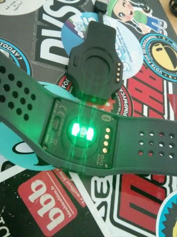 Les deux LED qui éclairent votre peau sont vraiment TRES puissantes !
