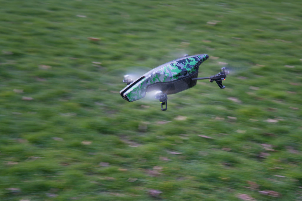 [Vie de Geek] Premiers vols avec l'AR Drone