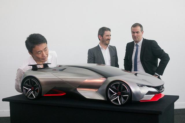 [Evenement] Peugeot dévoile la VisionGT avec Kazunori Yamauchi à l'ADN