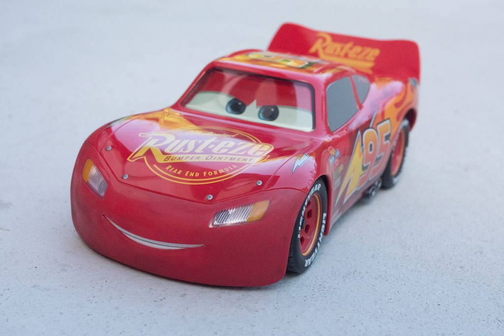 [VIE DE TOYS] Ultimate Lightning McQueen par Sphero, le bijou !