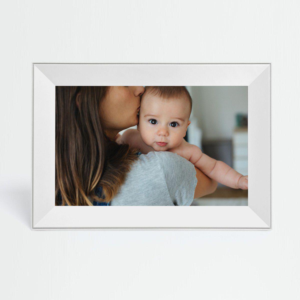 [Vie de Geek] Cadre connecté Aura Frames, le cadeau idéal pour tes parents.